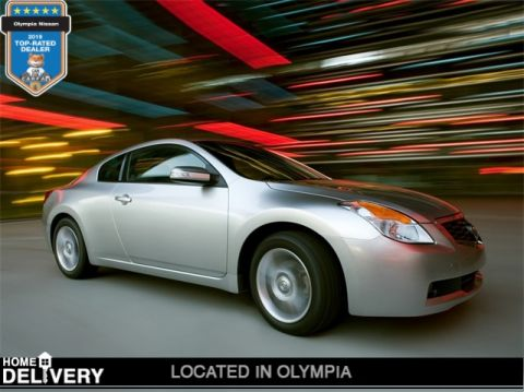Pre-Owned 2008 Nissan Altima 3.5 SE FWD 2D Coupe